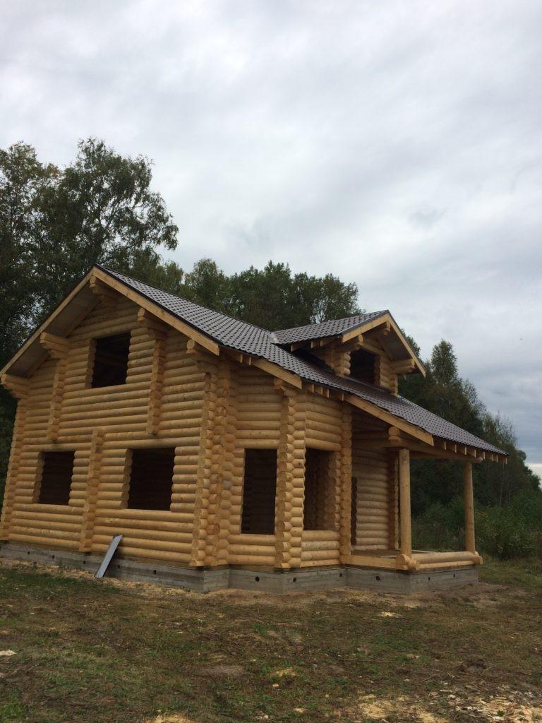Дом из оцилиндрованного бревна в Горелово